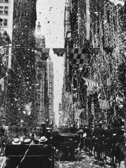 Lindbergh-Ticker-Tape-Parade-June-13-1927-768x1024